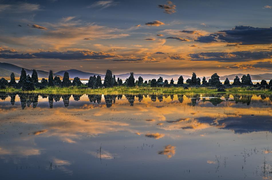 Mongolia_landscape_photo_Terkhiin Tsagaan Nuur